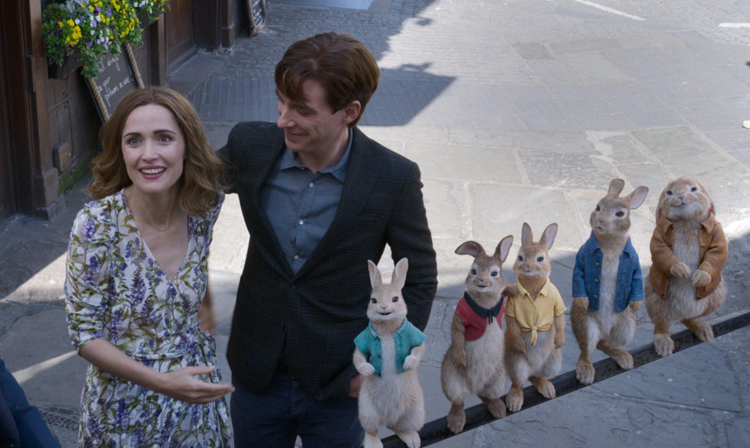 """映画『ピーターラビット2』が大人気キャラ""""うさぎ100%""""とまさかのコラボ! 描き下ろしアートとコラボ映像が公開"""