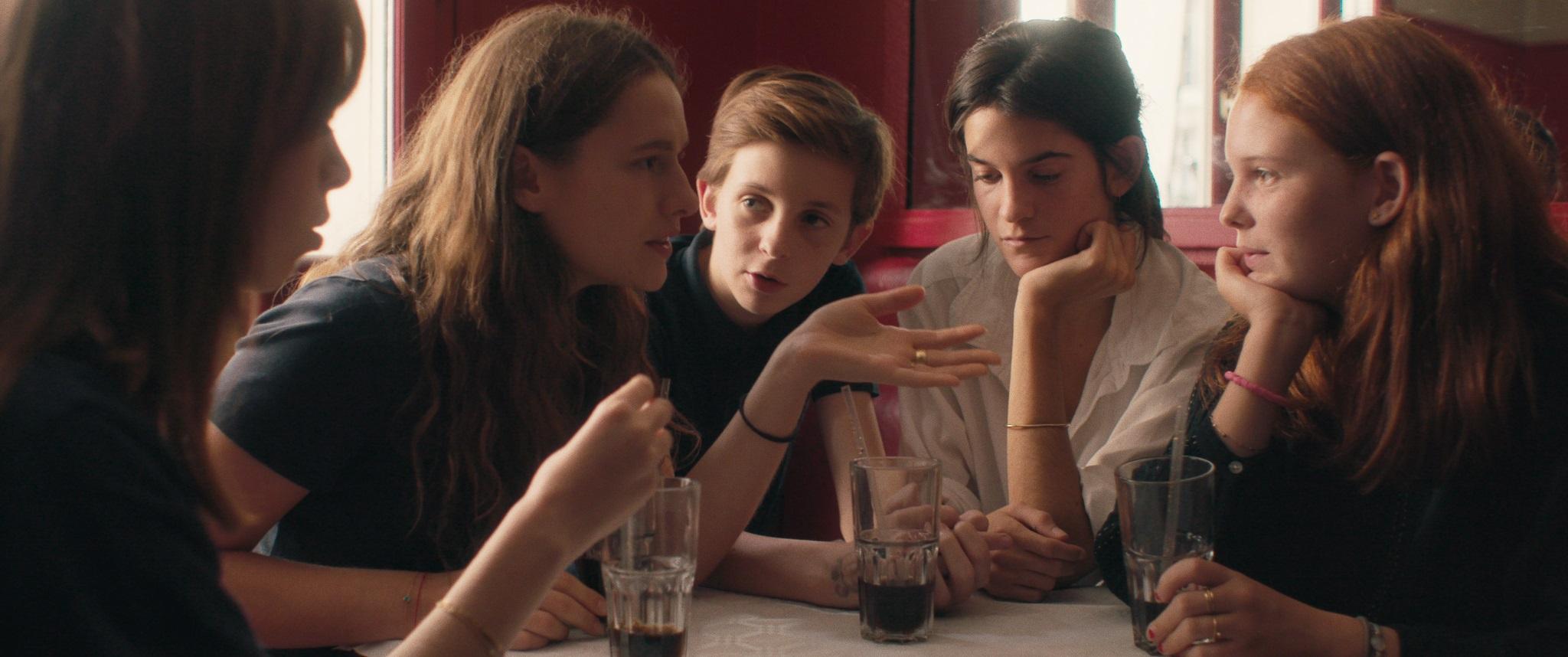 新世代のフランス映画『スザンヌ、16歳』第2弾ビジュアル公開&小川紗良、小島秀夫、世武裕子、網中いづるら著名人の絶賛コメントも到着